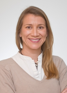 Giménez Olavarriaga, Elisa